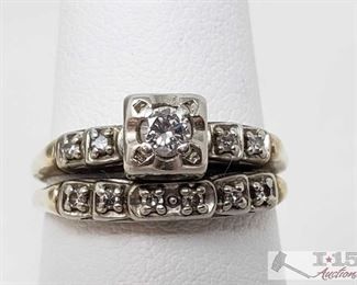 1006:  14k Gold Diamond Ring with Matching Band, 3.8g Weighs approx 3.8g, approx size 6.5 Band is broken