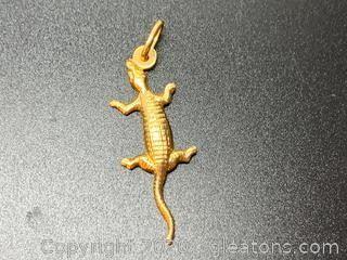 14K Lizard Pendant