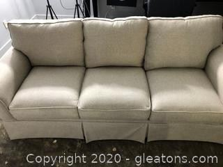 Rooms to go Sofa