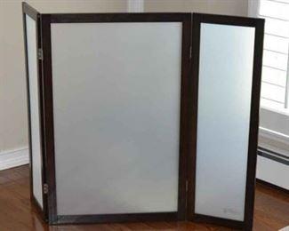 Modest Cat Litter Box Privacy Screen