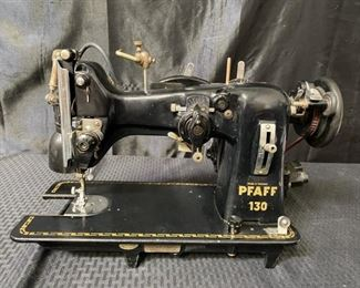 Vintage Pfaff 130 sewing machine