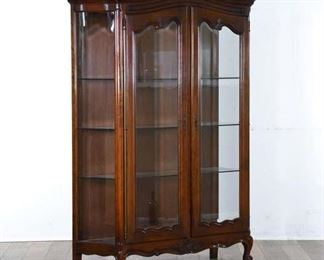 Antique Queen Anne Curio Cabinet W Light & Glass Doors