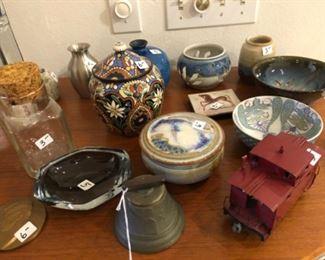 Assorted bowls, etc