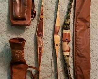 Three bows, case & two quivers