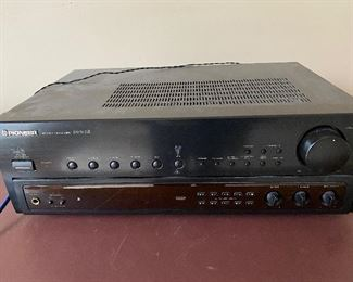 PIONEER  SX303R  STEREO RECEIVER -WORKS $50