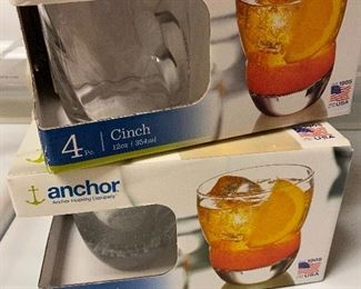 8 PC ON THE ROCKS GLASSES $10 ALL