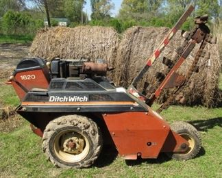 Ditch Witch 1620 - 903 Hours - Ready To Dig! See Next 4 Photos For Different Views - Price $3,500.00