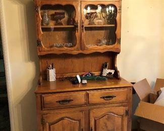 Maple hutch $75 38x17x70