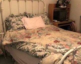 Antique full bed $160