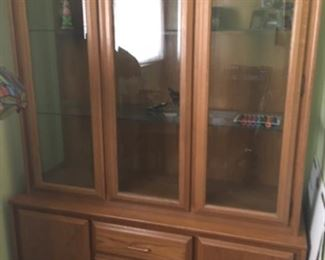Nice hutch 125. Pick up at 37869 Ronald court cathedral city