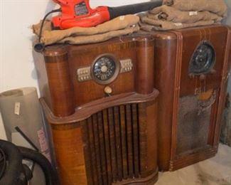 More Zenith Radios