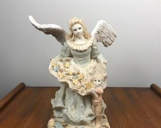"""Lot 1: The Angels Collection, """"The Gift '94""""; tallest point 9.5"""" x widest point 10"""". $18"""