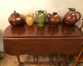 Fold down table & ceramic pieces