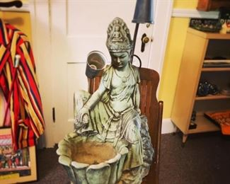 Light and fountain 1969 vintage Buddha Hindu style - $150 pick up only