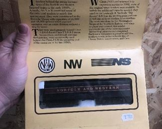 N&W Norfolk and western class J611 auxiliary water tender HO scale model train new old stock in original box