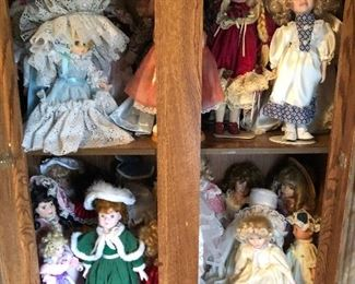 Vintage dolls with stands (have about 40 dolls) $1 each