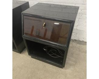 1970s Vintage Henredon Scene Three Black Lacquered Nightstands - a Pair $795 DIMENSIONS 22ʺW × 19ʺD × 28ʺH