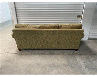 Stickley Mission Style 3 Seater Sofa $1,295 DIMENSIONS 92ʺW × 37ʺD × 32ʺH