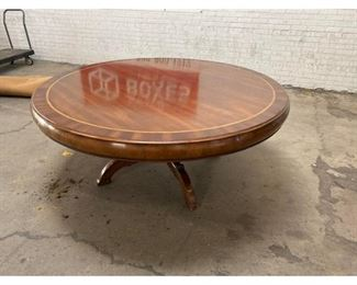 Traditional Alfonso Marina Round Banded Dining Table $4,000 DIMENSIONS 70ʺW × 70ʺD × 30ʺH