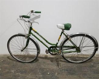 "Vintage 1970's Green Ladies Schwinn Breeze 26"" bike Was $195 now $150"