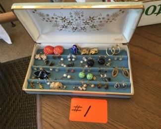 Costume jewelry earrings lot with the box $25