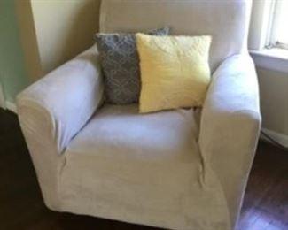"""5.  Chair  36""""W x 35""""D x 34""""H    $140"""