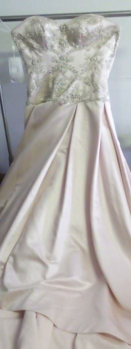 New Casablanca Bridal Size 12 Gorgeous Strapless Wedding dress with beading, pink NOW $75