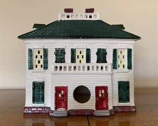 $22 - Department 56 Snow Villages - Southern Colonial (comes with its box)