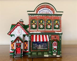 $25 - Department 56 Snow Villages - Main Street Gift Shop (comes with its box)