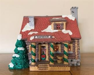 $15 - Department 56 Snow Villages - Pinewood Log Cabin (comes with its box)
