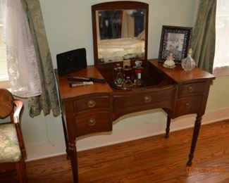 Sikes 1859 Dressing Table