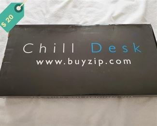 Chill Desk height adjustment laptop stand