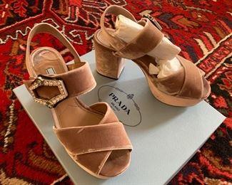 Prada Shoes 9.5 $250
