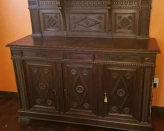 Antique English Buffet - Good Condition - Raised Panels - $ 400.00 -- Please call to discuss pricing - 407.865.1004!!