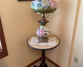 GWTW table lamp on and small lamp table