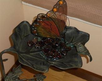 Ornamental leaf bird bath