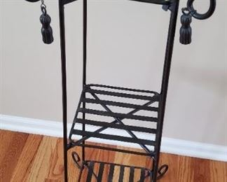 """$20 - 36"""" Metal Plant Stand"""