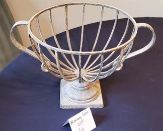 """$15 - Large metal home decor (thick metal and not lightweight) App. 17"""" across & 10 1/4"""" tall"""