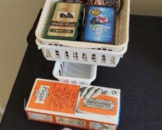 $5 - Shoe shine sponges, baskets & upholstery brush