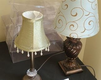 """$20 - 2 table lamps and stack of drawer organizers (tallest lamp is 18"""")"""