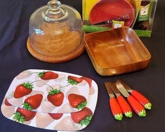 $10 - Misc. kitchen items