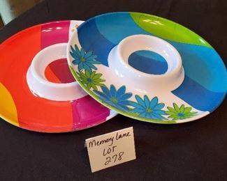 "$3 - (2) 13"" chip & dip trays"