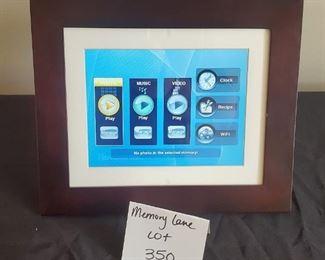 "$7 - Digital photo frame 10"" x 9"""