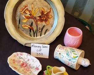 $10 - Home decor lot - Plate is Tamsan designs. Easel is new with tags.