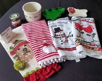 $10 - Christmas lot- 4 Kitchen towels, Longaberger pottery & other misc.