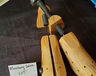$10 - Pair of nice wood shoe stretchers