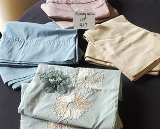 $4 - 6 pillowcases - BLUE ONES ARE NOT INCLUDED!