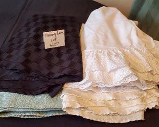 """$12 - 4 round tablecloths (70"""" round)"""
