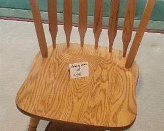 $15 - Chair & wastebasket