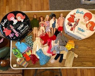 Vintage Allen, Midge, Bubble hair Midge/Barbie, Ken,  two travel cases and clothes